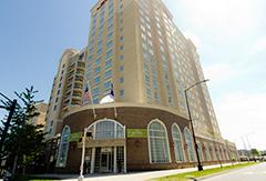 Hilton Garden Inn Uptown