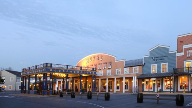Hotel_Cheyenne_Exterior